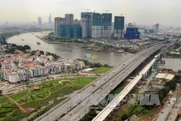 Vietnam seeks foreign investment in infrastructure projects