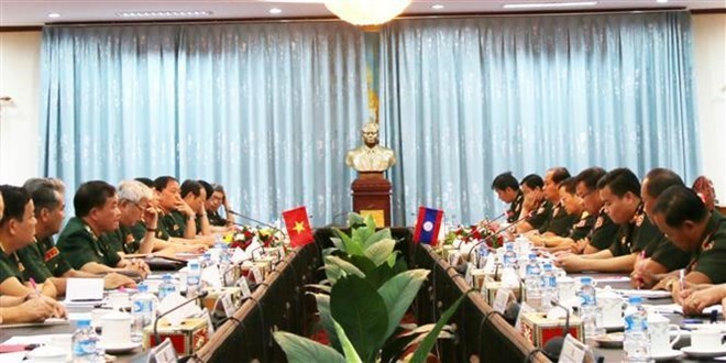 Vietnam, Laos hold first defence policy exchange
