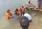 Câu cá ở đập thủy lợi, 3 nam sinh bị lật thuyền chết đuối