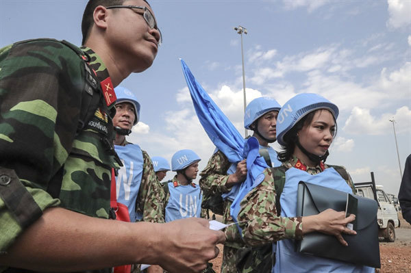Vietnam targets plastic-free operations, high rate of female officers in its peacekeeping mission