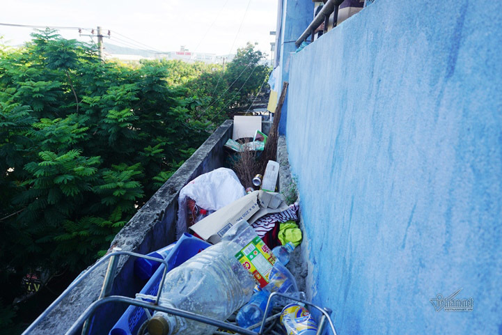 Chung cư nứt toác, lem nhem như nhà hoang ở Đà Nẵng