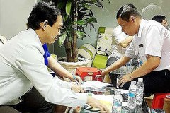 Dong Nai authority forces illegal Chinese doctors to leave Vietnam