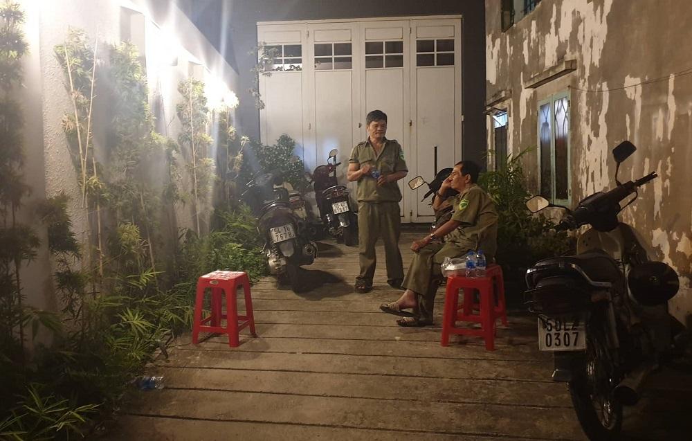 2 bé trai ngạt khói chết trong phòng trọ ở Sài Gòn