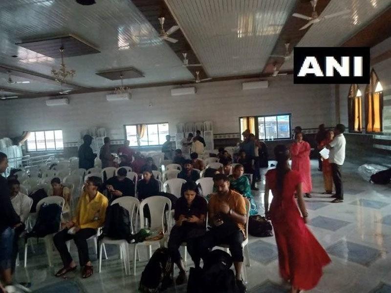 Ấn Độ,mưa lụt,hành khách,giải cứu