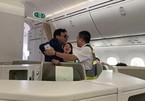 Cựu sếp địa ốc Đất Lành sàm sỡ nữ hành khách trên máy bay