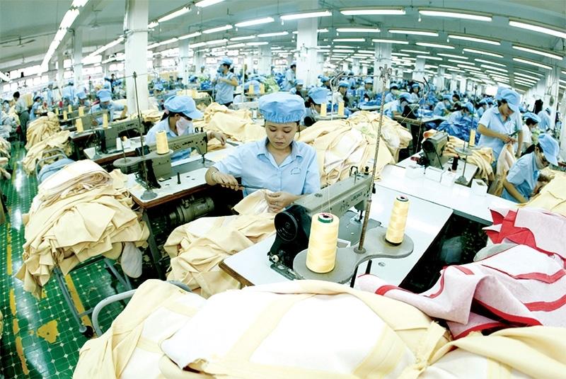 Taiwan's apparel groups set up shop