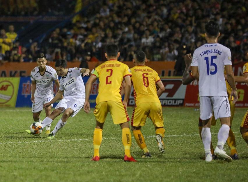 HAGL,Xuân Trường,V-League,Hà Nội FC,TPHCM