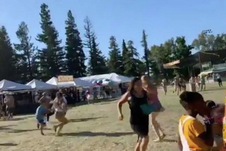 Xả súng tại lễ hội tỏi ở Mỹ, hàng chục người bị thương