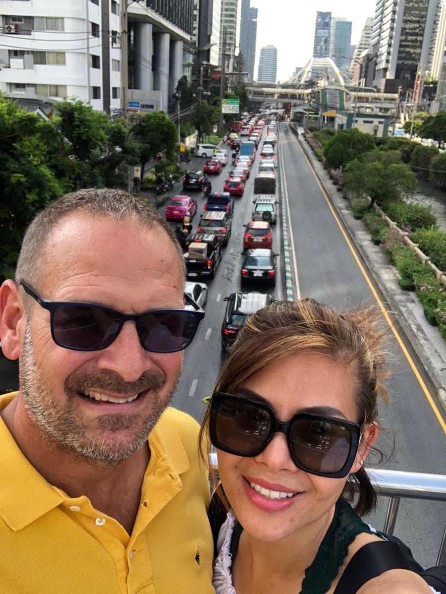 Cuộc sống giản dị không ngờ của Ngọc Anh 3A và chồng Tây ở Mỹ