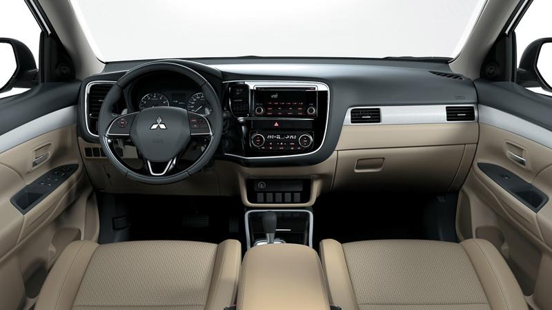 Mazda CX-5,Hyundai Tucson,Mitsubishi Outlander,crossover lắp ráp