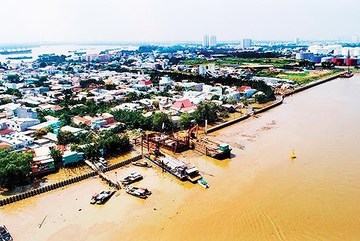Many embankment projects still on paper as HCM City battles severe flooding