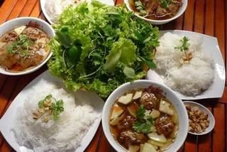 Five restaurants to taste Bun cha in Hanoi