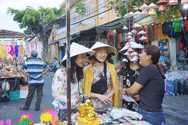 S. Korea may overtake China as Vietnam's top tourism market