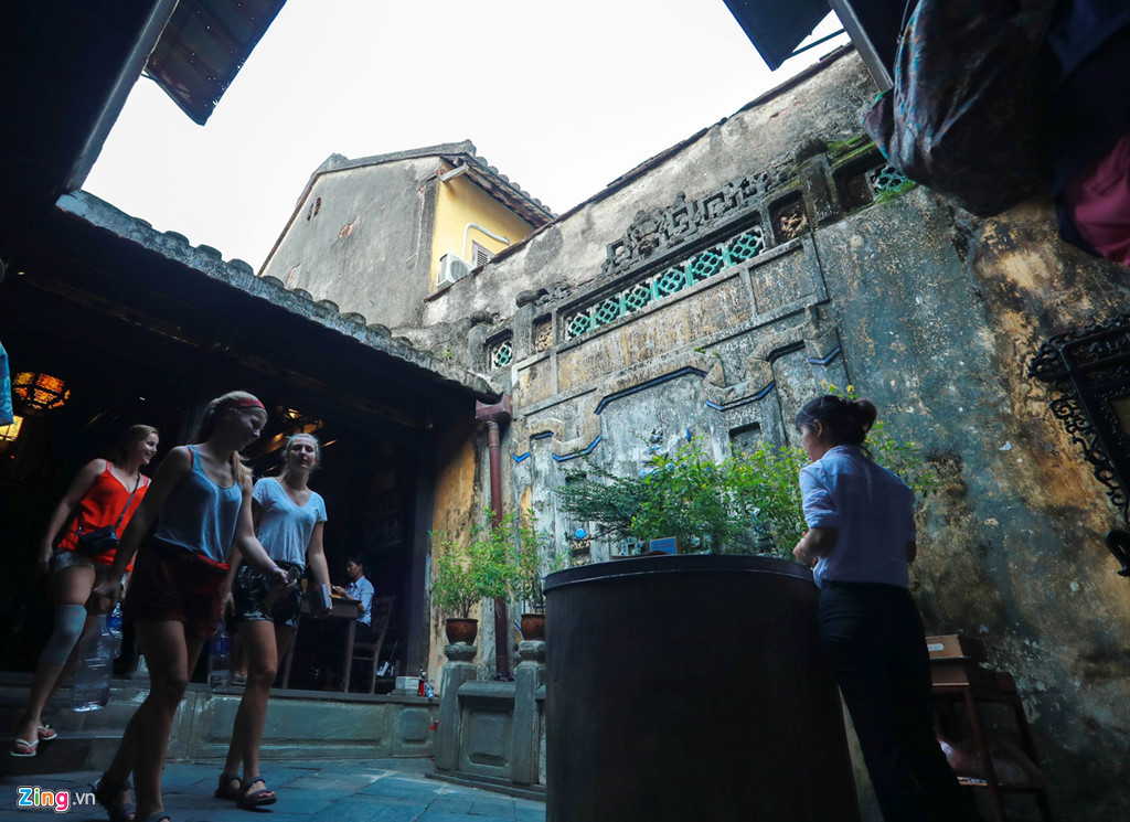 A visit to Tan Ky old house in Hoi An