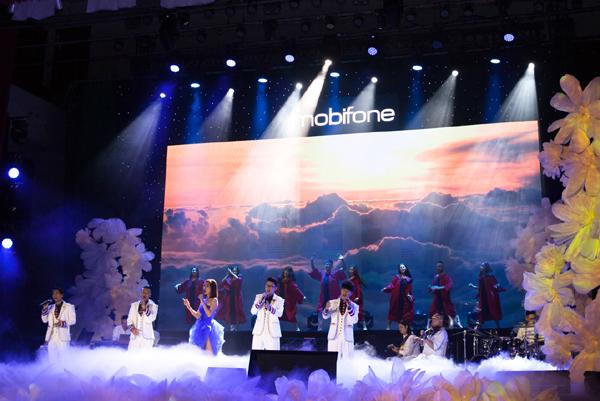 Hồng Nhung, Tùng Dương 'Gửi trọn yêu thương' cùng MobiFone