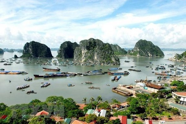 Quang Ninh province works to preserve Ha Long Bay
