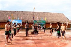 Dak Nong province inaugurates house displaying lithophones
