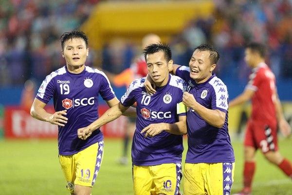 Văn Quyết giúp Hà Nội hạ Bình Dương ở chung kết lượt đi AFC Cup