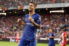 Thắng tưng bừng 5-3, Chelsea khiêu chiến MU
