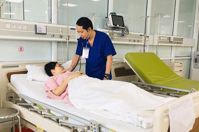 Thai phụ 27 tuổi vỡ tử cung, song thai bị đẩy ra ngoài