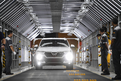 VinFast Lux- hành trình 21 tháng 'hô biến' từ bản phác thảo thành siêu phẩm ô tô Việt