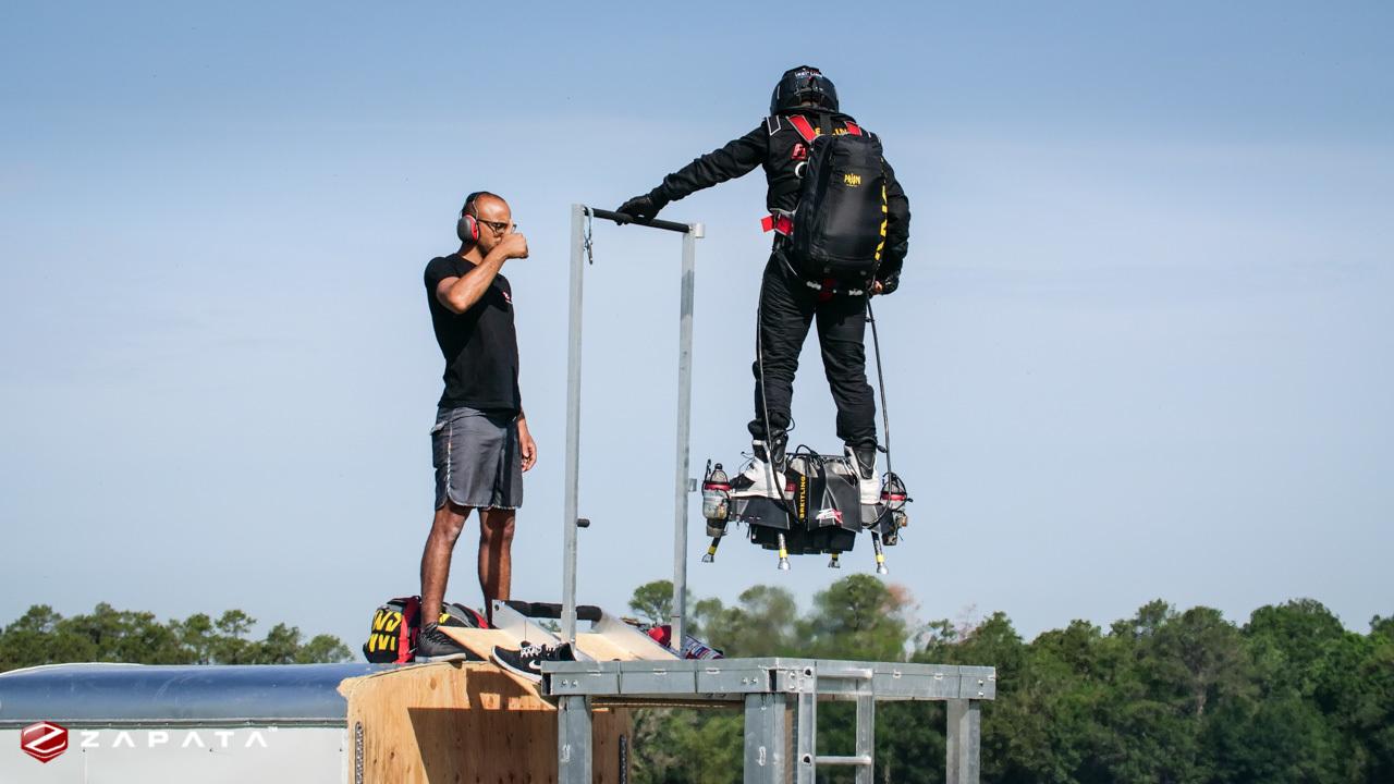 Vài năm tới, con người sẽ bay như siêu nhân với Flyboard Air