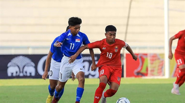 Vietnam defeats Singapore at regional U15 tournament