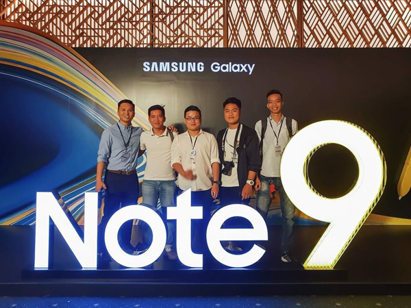 'Tín đồ' Galaxy Note mong mỏi đến giờ G