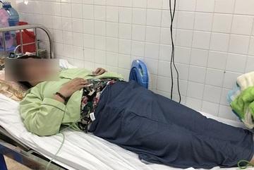 Cô gái liệt 2 chân do mắc chứng dị dạng mạch máu tủy sống hiếm gặp
