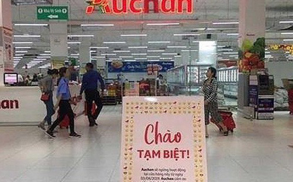 Some foreign retailers leave Vietnam's $180 billion market - Why?