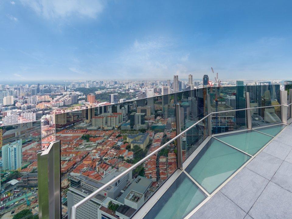 Choáng với sự xa hoa bên trong tòa nhà cao nhất Singapore
