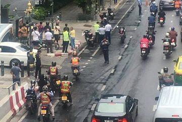 Hàng loạt vụ nổ liên tiếp ở Bangkok