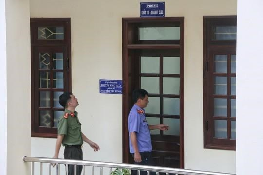 Hoa Binh's officials get warnings after exam cheating scandal