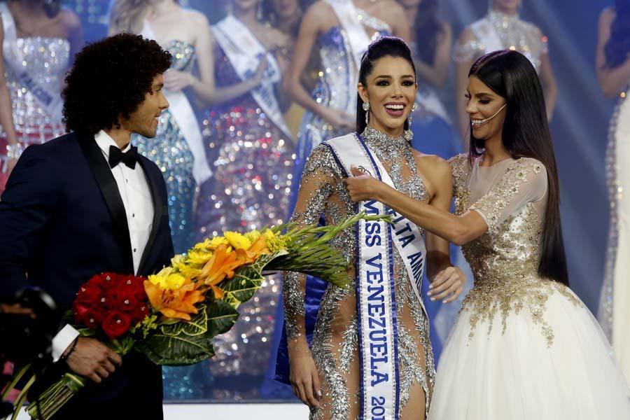Thalia Olvino,Miss Venezuela