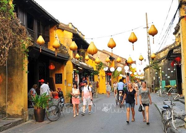Asia Pacific destinations,central region ranked 6th,Phong Nha-Ke Bang National Park,Koi An,Ba Na Hills,travel news,Vietnam guide,Vietnam tour,travelling to Vietnam,Vietnam travelling,Vietnam travel,vn news,vietnamnet news,vietnamnet bridge,Vietnam breakin