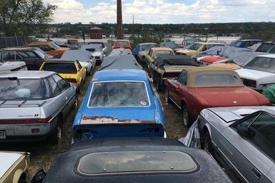 Dàn xe cổ quý hiếm giá chỉ chưa đến 6 triệu/chiếc
