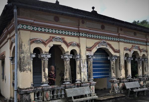Bí ẩn ngôi mộ mang nhiều huyền thoại ở Long An