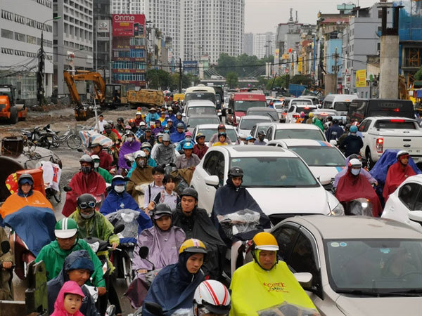 Hanoi to build digital traffic map for drivers as congestion worsens