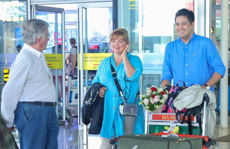 Huyền thoại violon Viktor Tretyakov cùng vợ đã có mặt tại Việt Nam