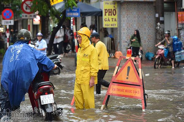 Dự báo thời tiết 3/8: Miền Bắc mưa như trút, nguy cơ ngập nhiều nơi