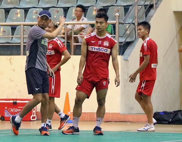 HAGL,CLB Nam Định,V-League,HLV Lee Tae Hoon