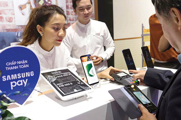 Cashless payments making steady inroads
