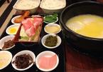 Truyền thuyết đằng sau món 'mỳ qua cầu' nổi tiếng của Vân Nam
