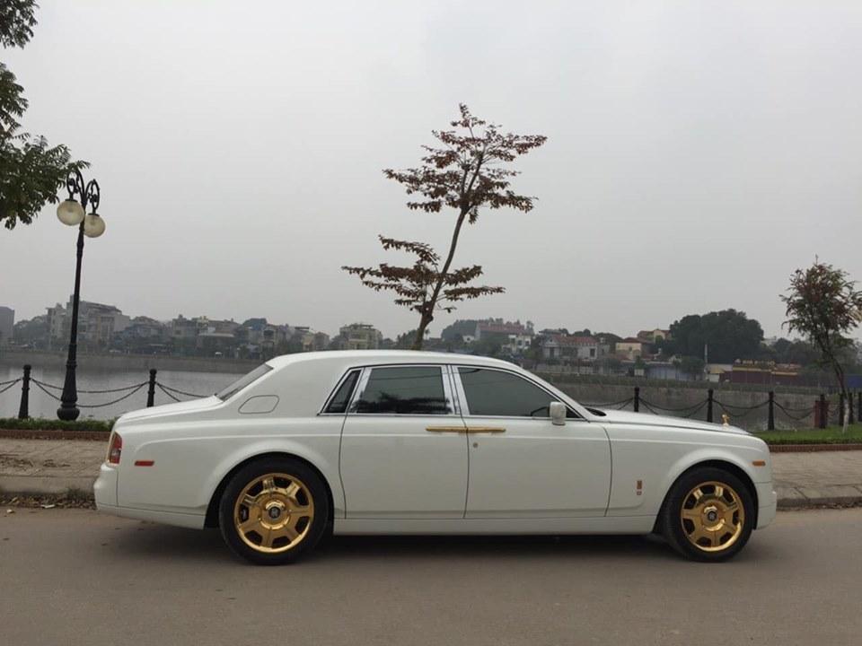 Rolls-Royce Phantom biển tứ quý 9 rao bán hơn 15 tỷ đồng