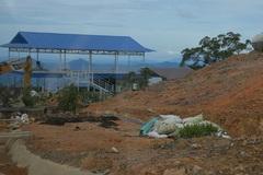 Ngang nhiên xây dựng các điểm dừng chân trái phép trên đèo Đại Ninh