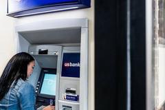 Số lượng máy ATM trên thế giới giảm không ngừng