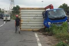 Lo 'quan tài bay' trên phố, TP.HCM đề nghị kiểm tra an toàn xe container