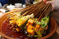 Đầu thỏ, bánh thịt và 5 món ăn vặt không thể bỏ lỡ khi đến Tứ Xuyên