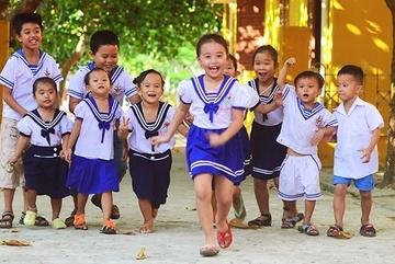 Spreading literacy in Truong Sa