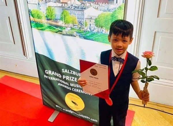 Salzburg Grand Prize Virtuoso competition,Nguyen Son Tung,piano class,Vietnamese Evan Le,entertainment news,what's on,Vietnam culture,Vietnam tradition,vn news,Vietnam beauty,Vietnam news,vietnamnet news,vietnamnet bridge,Vietnamese newspaper,Vietnam late
